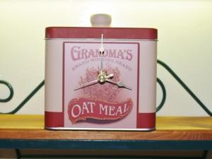 Tin Can Clocks - Kellis Kitchen