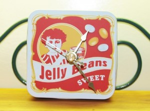 Tin Can Clocks - Kellis Kitchen
