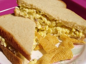 Scrambled Egg Sandwich - Kelli's Kitchen
