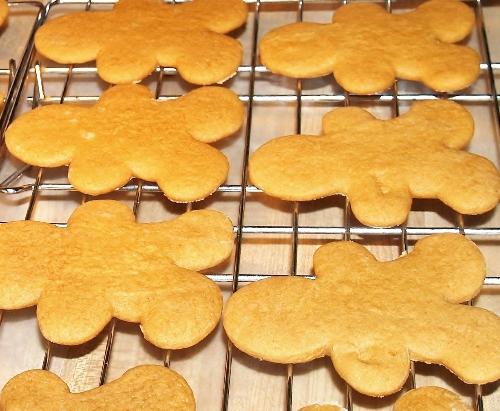 Vintage Gingerbread Men Recipe/Kelli's Retro Kitchen Arts