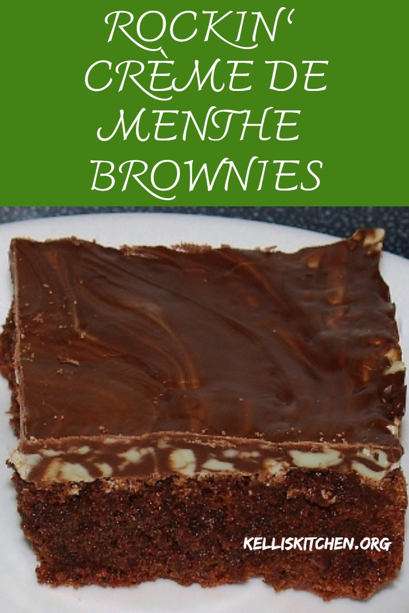 Rockin' Crème de Menthe Brownies: Chocolate and Mint brownies, doesn't that sound delish? Bright, chocolaty, and minty. These are perfect for any potluck.  via @KitchenKelli