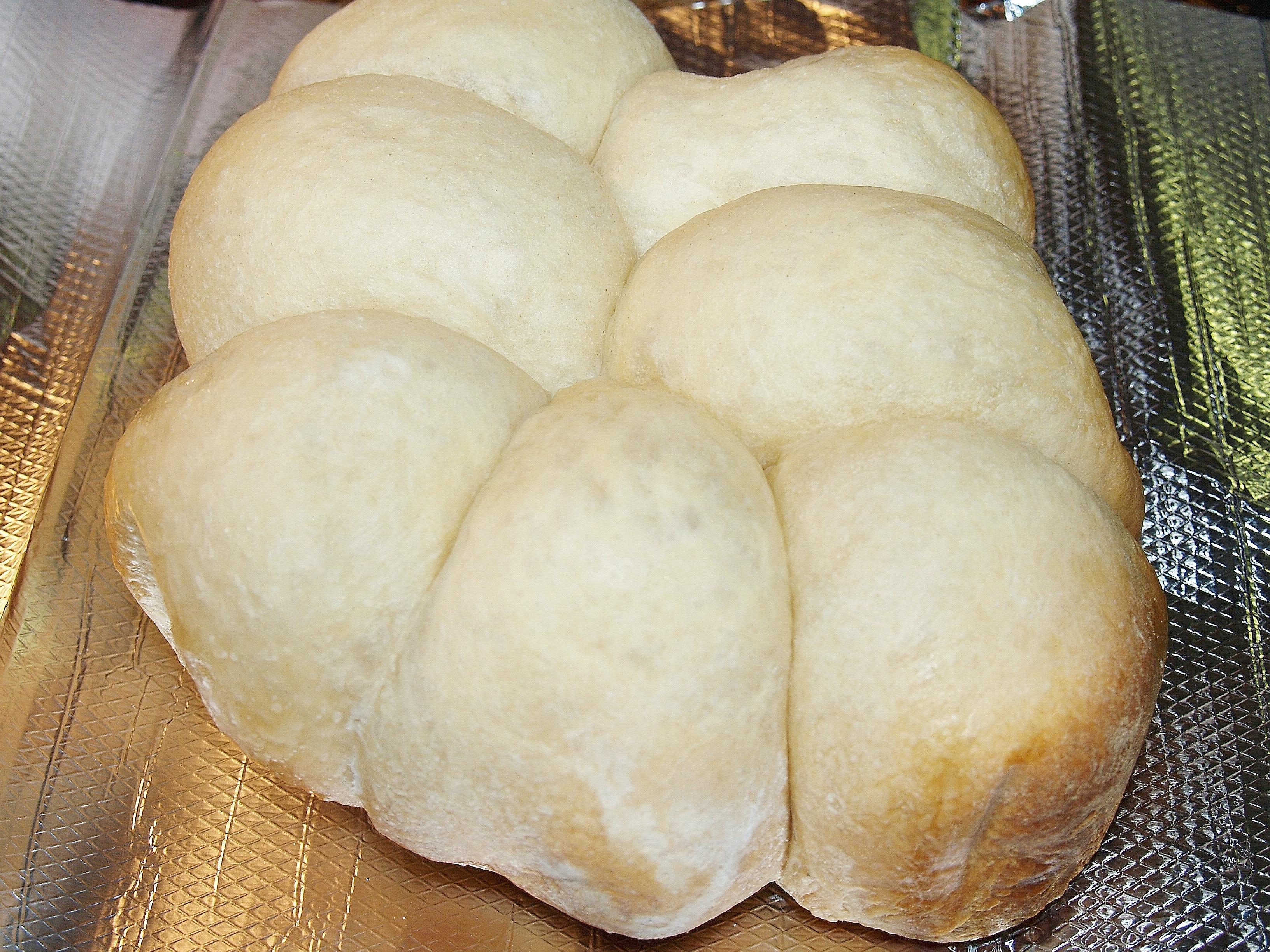 Crock Pot Hot Rolls from Kelli's Kitchen