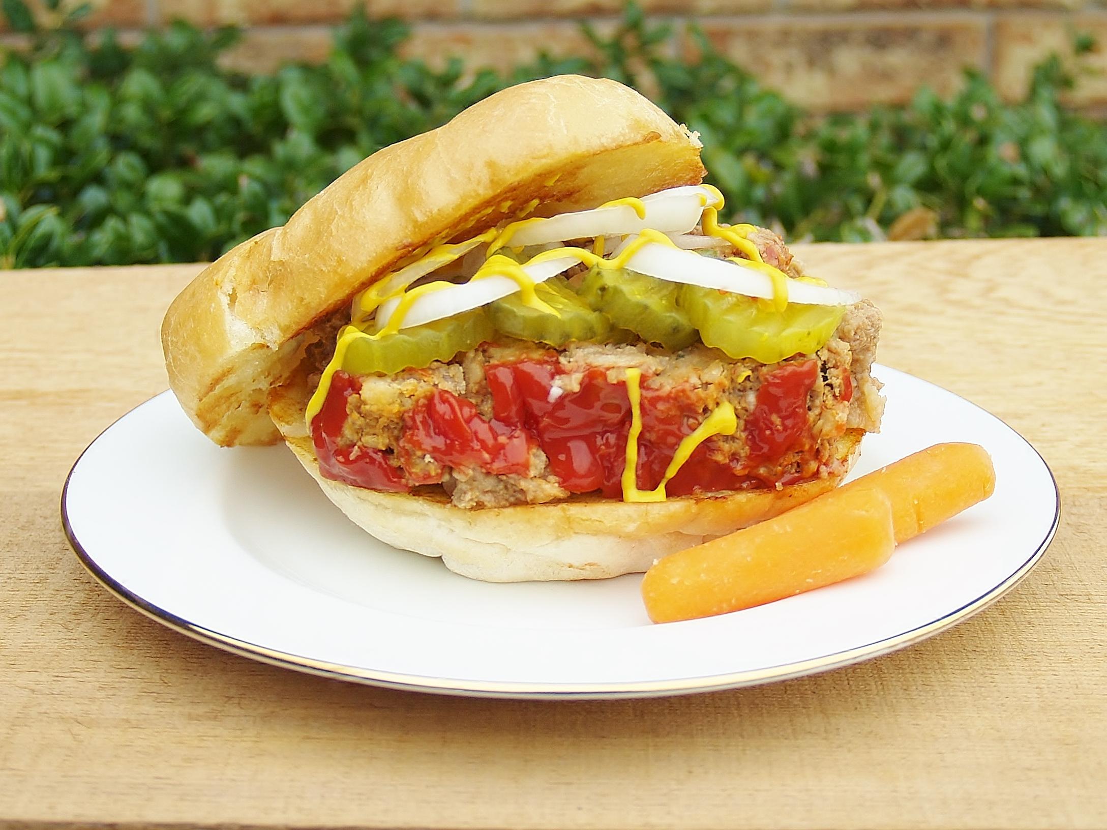 Mom's Meatloaf Sandwich from Kelli's Kitchen