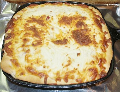 Deep Dish Iron Skillet Pizza
