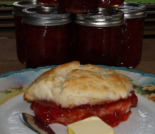 Strawberry Jam and 7 UP Biscuits