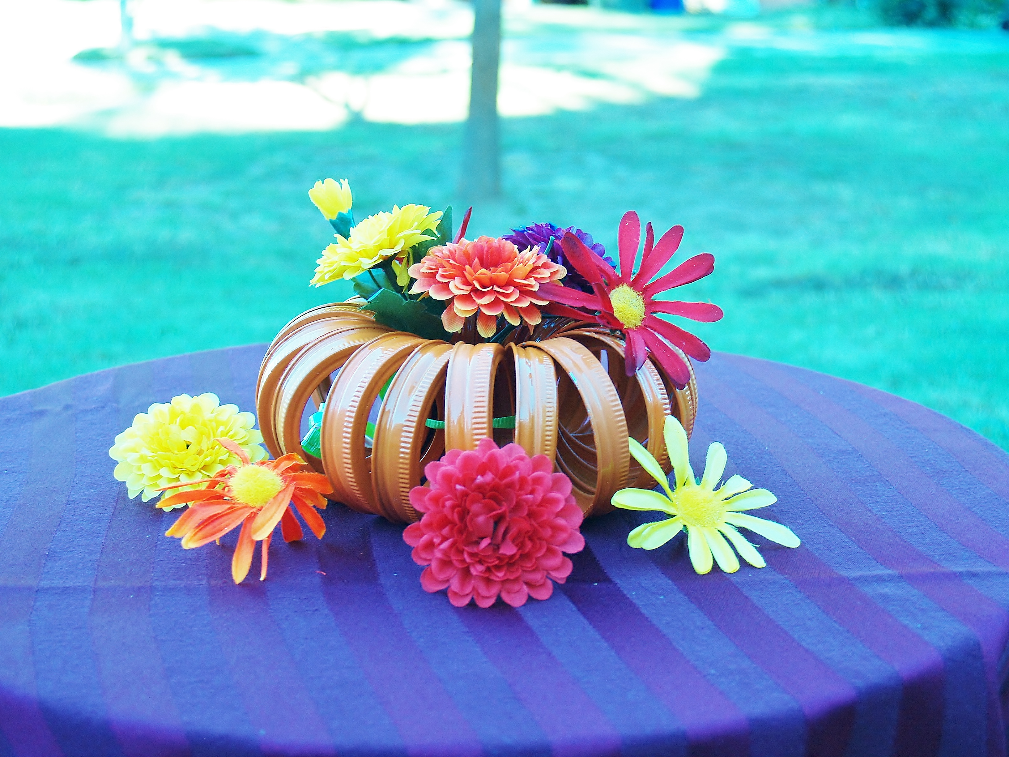 DIY Pumpkin Centerpiece for Autumn