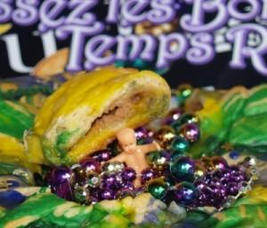 Mardi Gras King Cake from Kelli's Kitchen