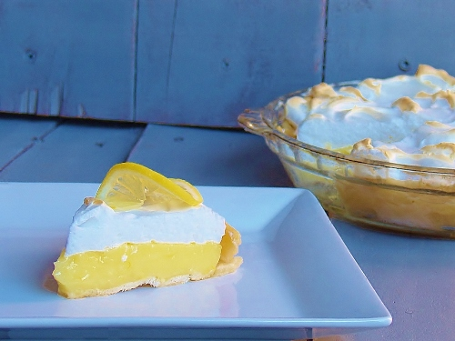 Aunt Irene's Old Fashioned Lemon Meringue Pie – Kellis Kitchen