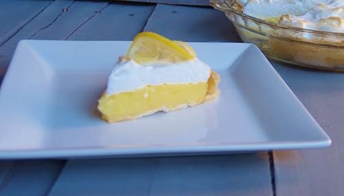 Aunt Irene's Old Fashioned Lemon Meringue Pie – Kellis Kitchen