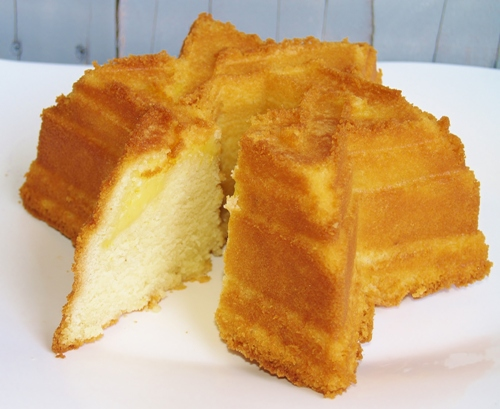 Nana's Pound Cake - Kellis Kitchen