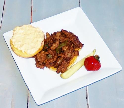Steak Sandwiches with Cheesy Horseradish Aioli – Kellis Kitchen