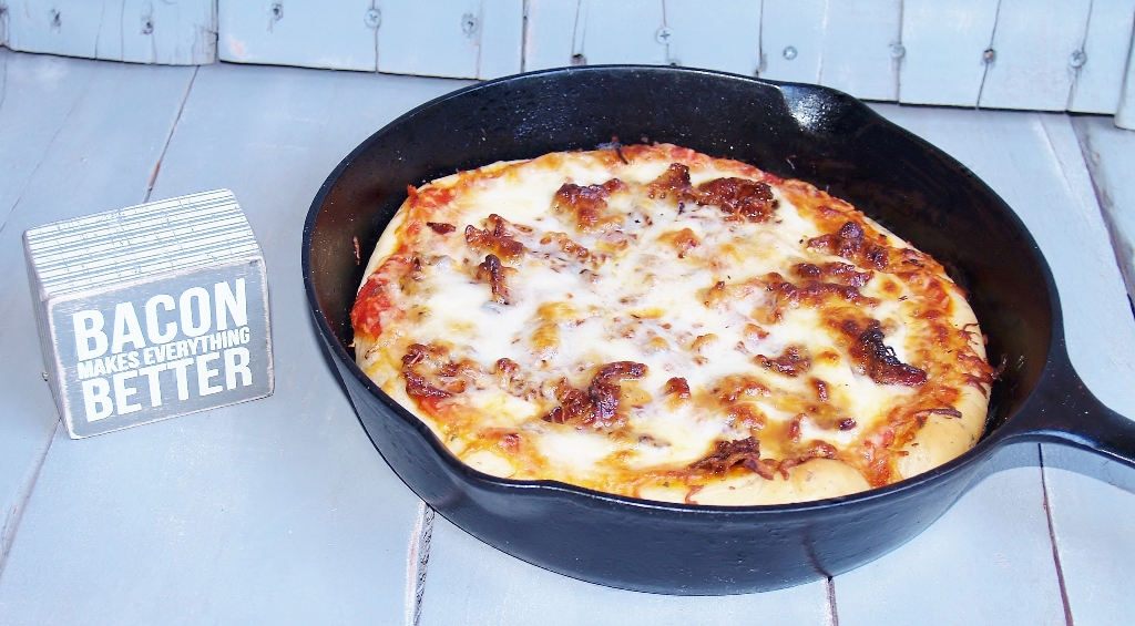 Bacon & Buffalo Mozzarella Pizza #baconmonth – Kellis Kitchen
