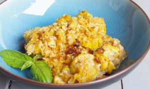 Cheesy Bacon Ranch Squash Casserole #Putsomepiginit