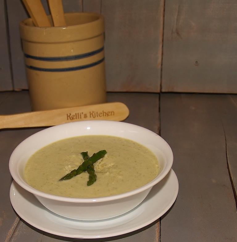 Creamy & Luscious Asparagus Soup