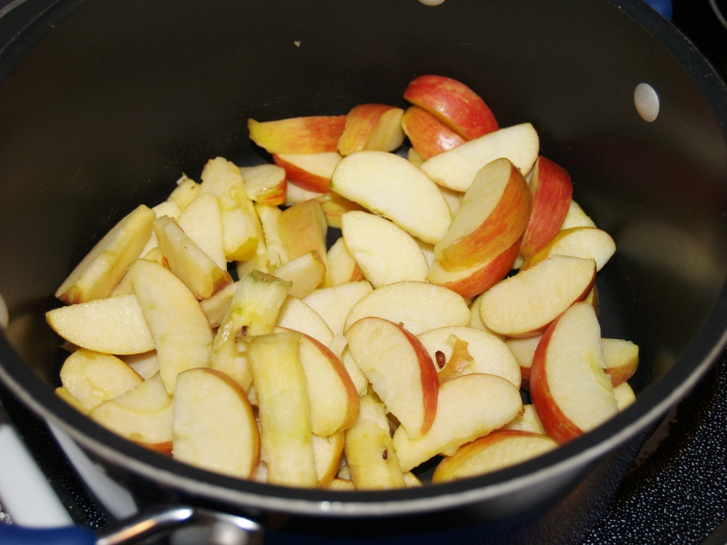 Apple Butter & Body Lotion #bloggerclue - Kellis Kitchen
