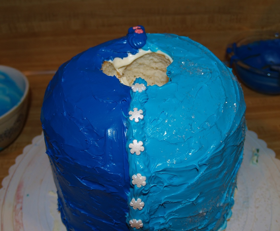 Frozen Doll Cake – Kellis Kitchen