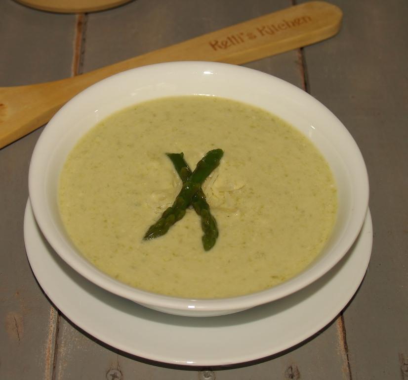 Asparagus Soup - Kellis Kitchen