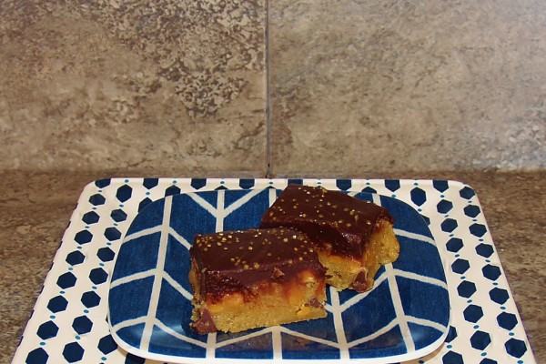 Maple, Caramel Golden Sugar Blondies - Kellis Kitchen