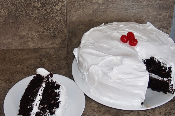 Devils Food Cake 7 Minute Icing - Kellis Kitchen