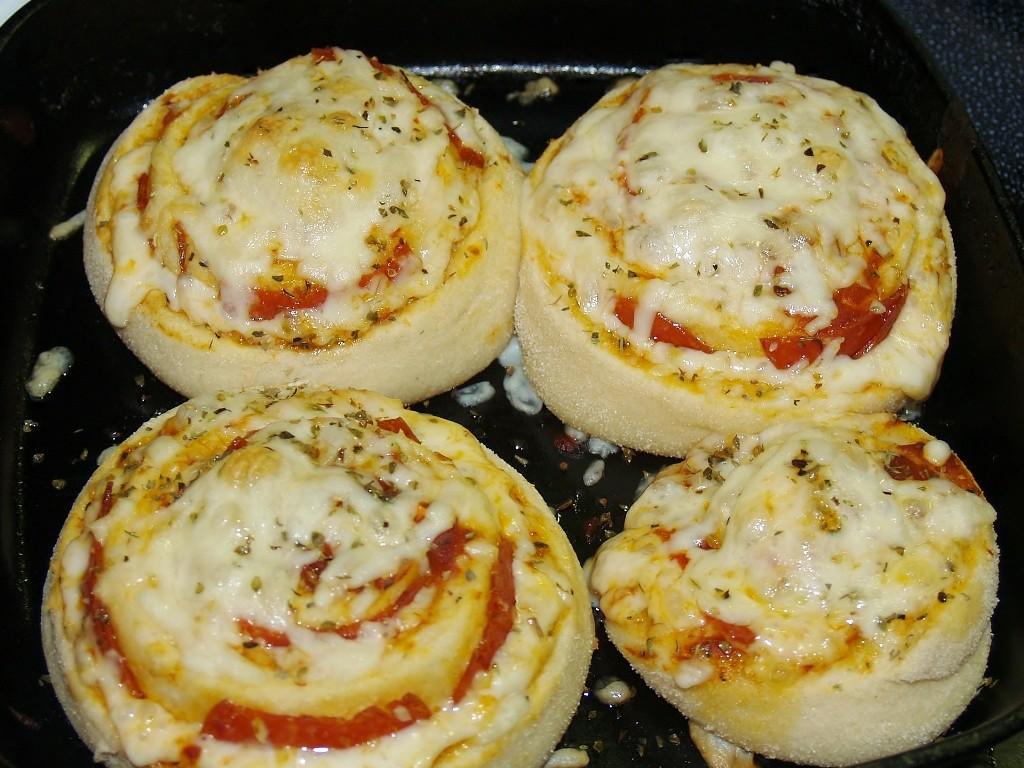 Madam Wongs Pizza Rolls #Bloggerclue – Kellis Kitchen