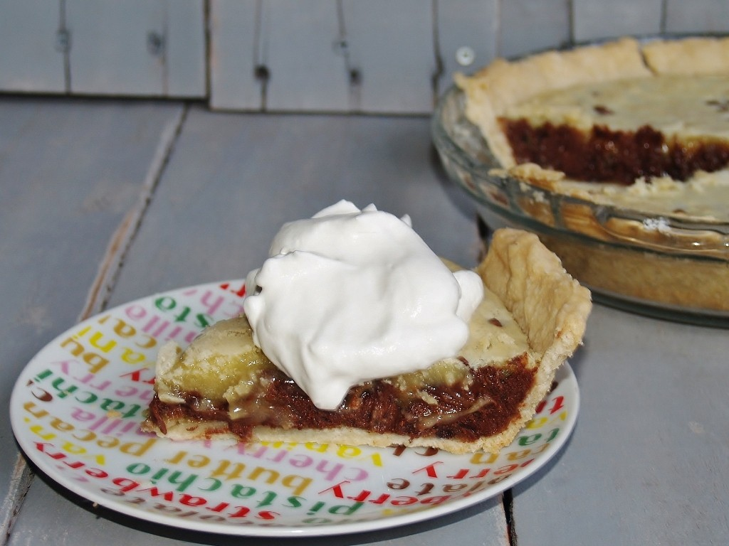 Recipe for Kentucky Derby Pie for National Pi Day with 20 other blogger pies included. – Kellis Kitchen