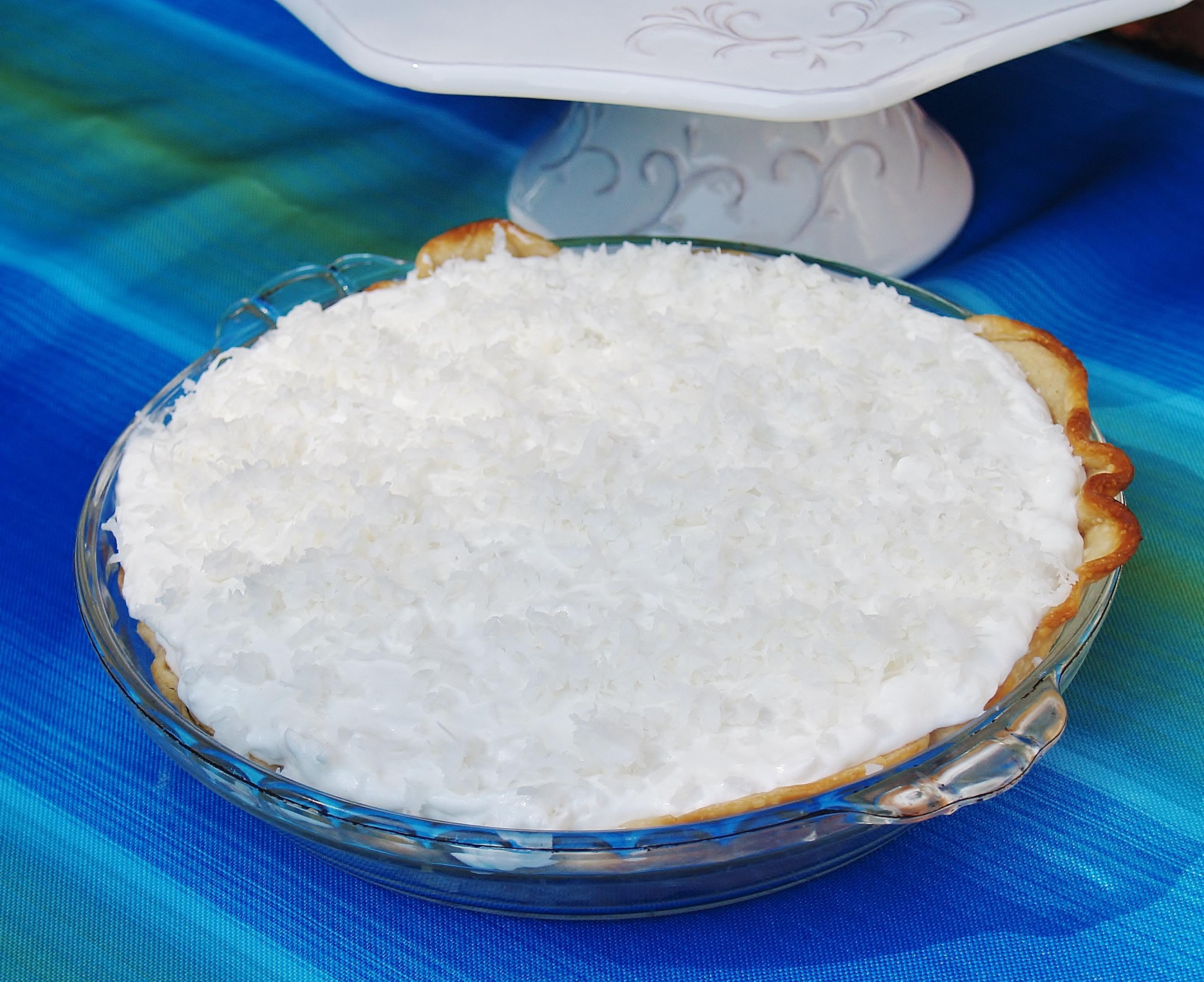 White Christmas Pie - Kelli\'s Kitchen