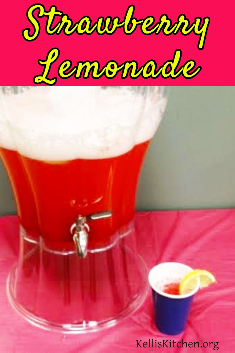 Steakhouse Strawberry Lemonade via @KitchenKelli