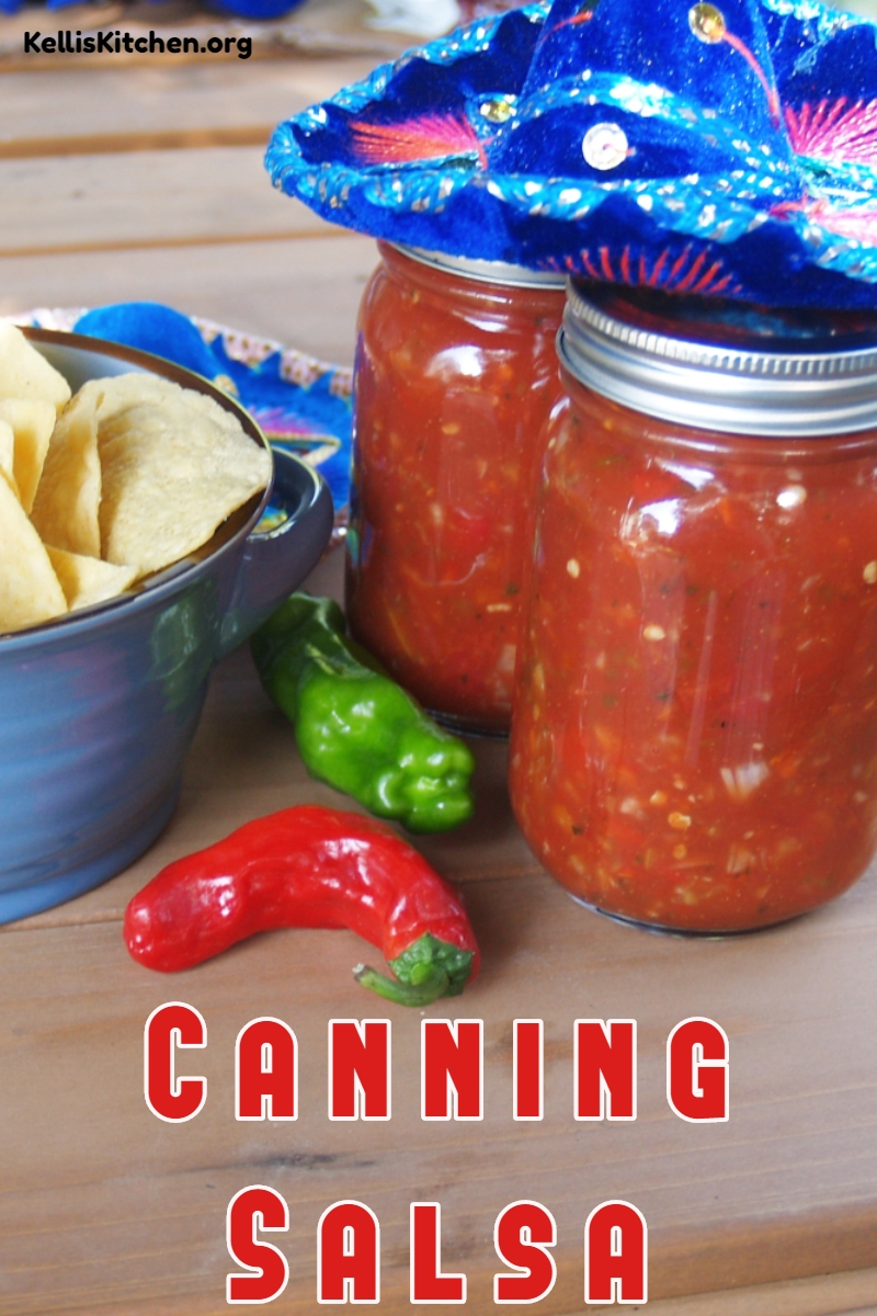 Salsa Recipe for Canning: Homemade canned salsa captures the taste of summer tomatoes and peppers to enjoy all year long. via @KitchenKelli