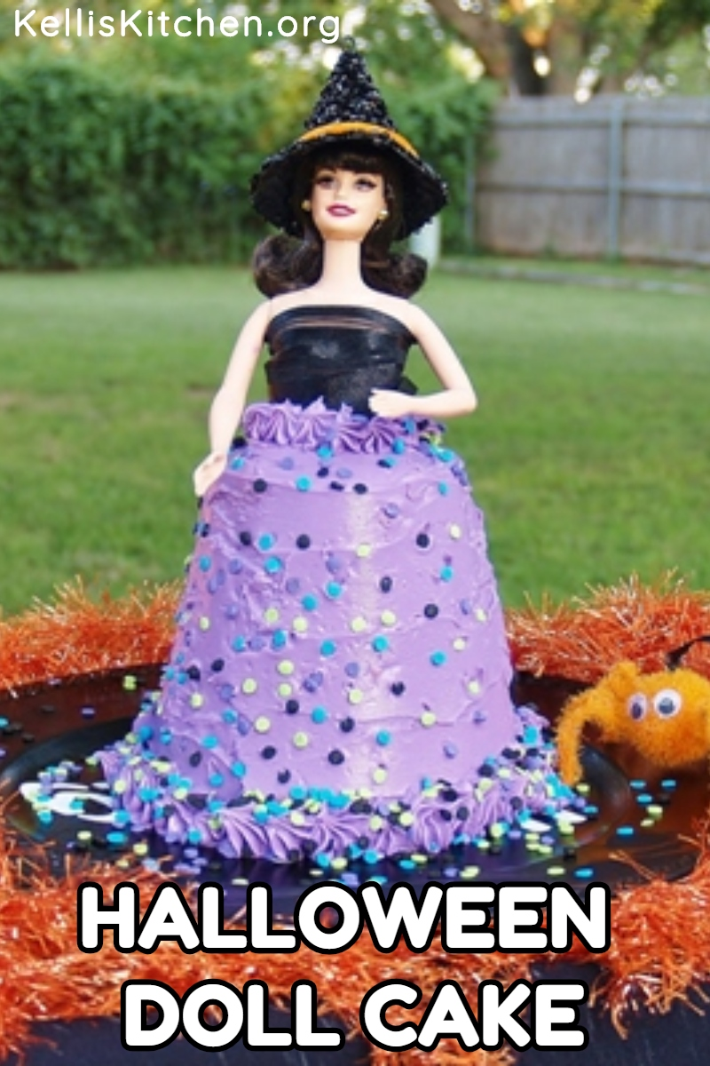 Easy Pillsbury Funfetti Halloween Doll Cake via @KitchenKelli